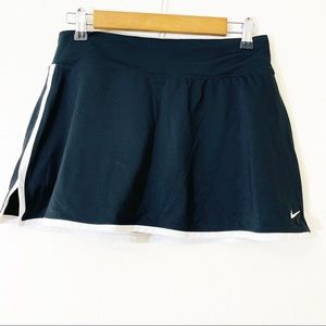 Nike Dri-Fit Skorts Size medium